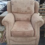 Chunky arm chair in excellent condition with removable and washable covers £80